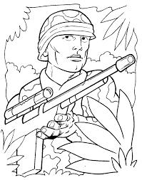 раскраски на тему солдаты для детей. Интересные раскраски с солдатами для мальчиков и девочек. Солдаты, военная форма, военное оружие