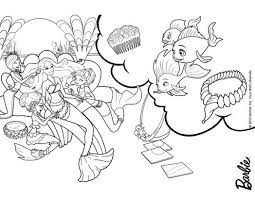 раскраски для детей на тему русалки     Интересные  и  забавные раскраски для детей на тему русалки. Интересные раскраски с русалками. Русалки, рыбки, хвосты, море, океан. раскраски для девочек