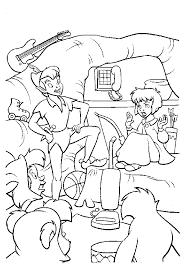 раскраски на тему Питер Пэн для мальчиков и девочек. Интересные раскраски с персонажами диснеевского мультфильма Питер Пэн для детей
